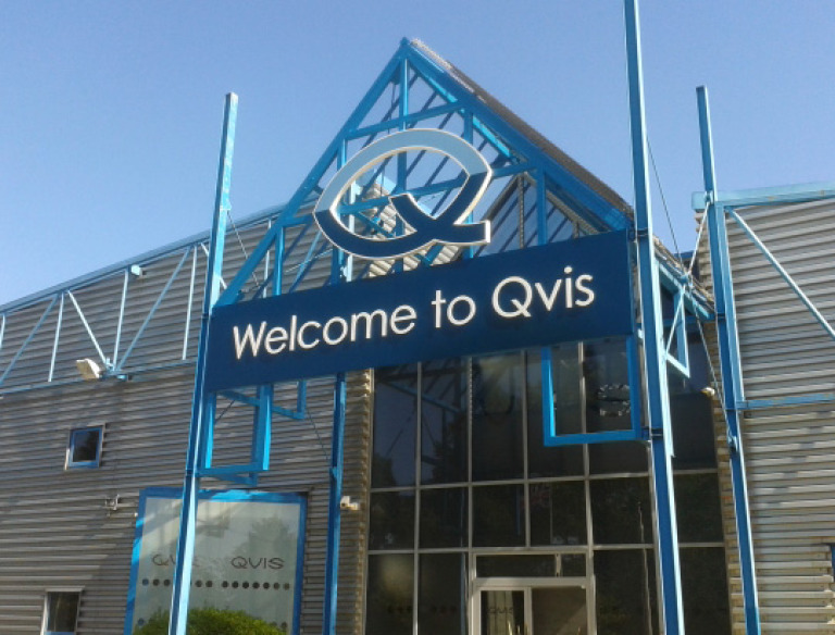 qvis_outside_0
