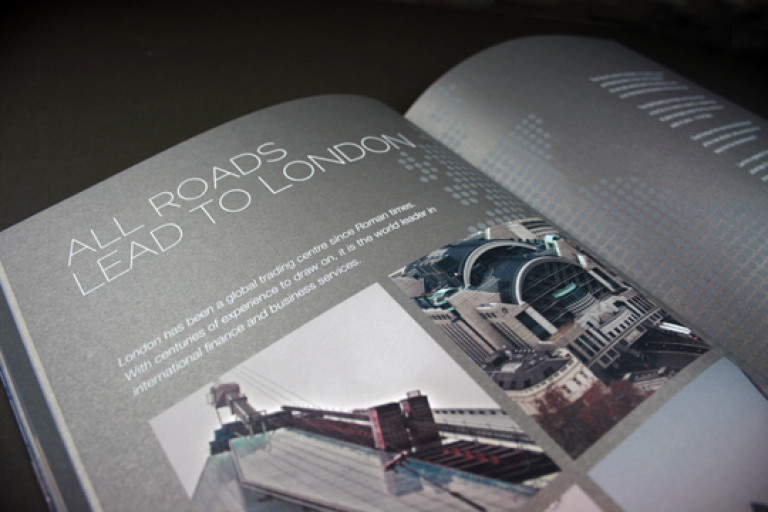 brochure_example_02
