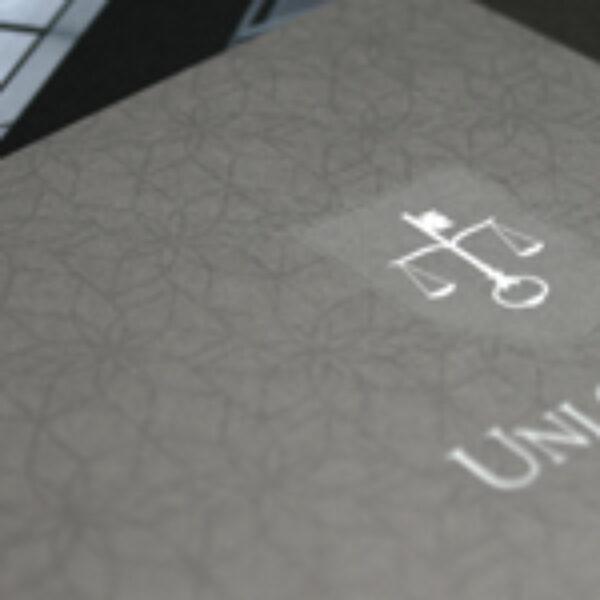 brochure_example_03_0